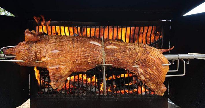 Spanferkel-Grill